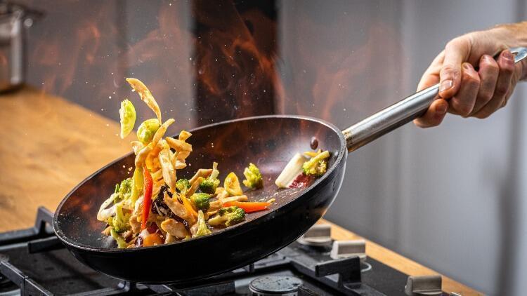 Besinleri Pişirirken Dikkat! Kansere Neden Olabilirsiniz