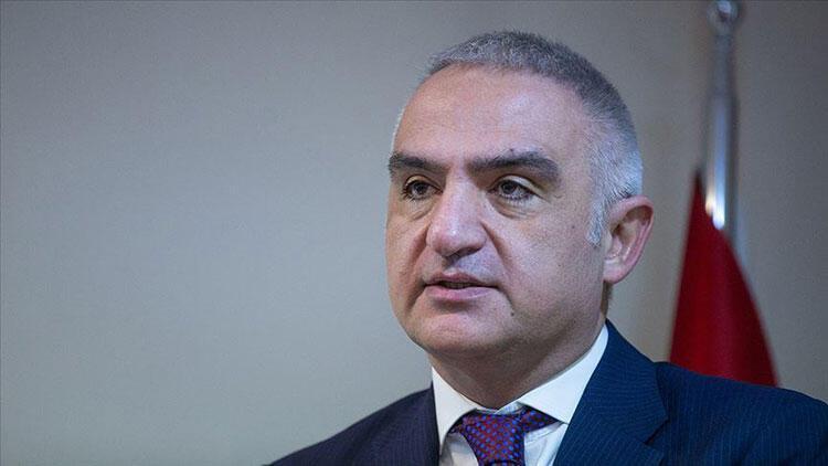 Bakan Ersoy'dan önemli açıklamalar... 'Amacımız Beyoğlu'nu eski canlılığına geri getirmek'