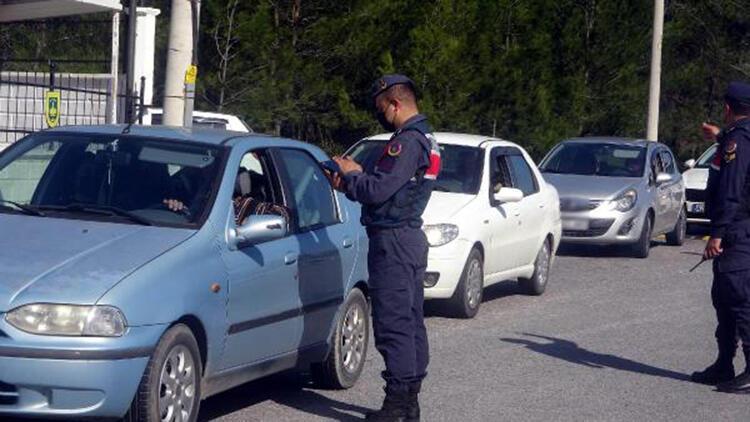 Marmaris'te 'huzur ve güven' denetimi; 4 bin araç kontrol edildi