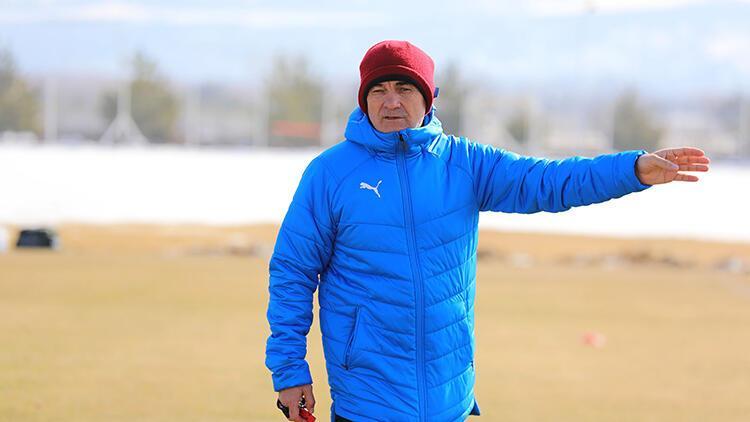 Sivasspor Teknik Direktörü Rıza Çalımbay: 'Daha iyi yerlere geleceğiz'