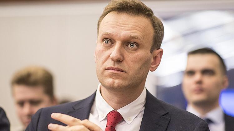 NATO'dan Rusya'ya Navalnıy çağrısı