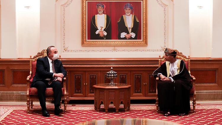Dışişleri Bakanı Çavuşoğlu Umman'da Başbakan Yardımcısı Seyid Fahd ile bir araya geldi