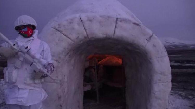 'Kış-2021 Tatbikatı'nda, keskin nişancı ve komandolar iglolarda kaldı