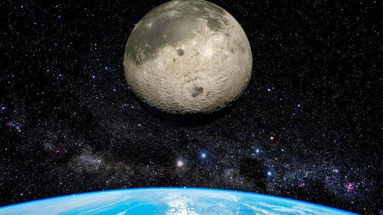 Ay'a yolculuk: İnsanlık ve Türkiye için ne anlama geliyor?