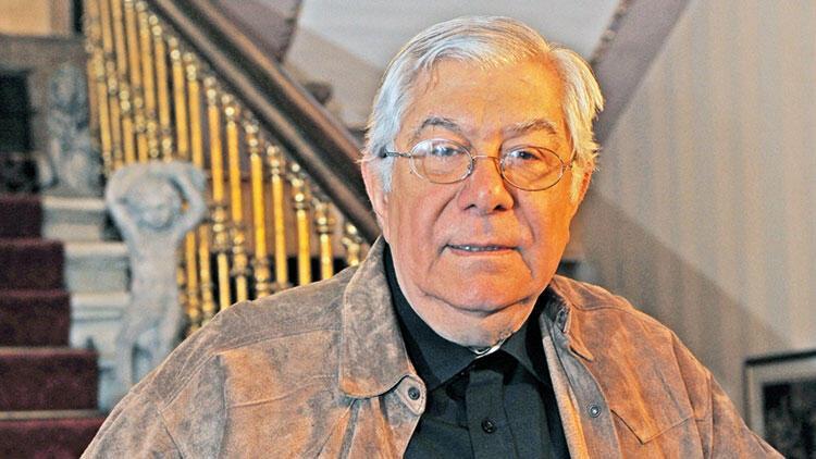 Yazar Demir Özlü vefat etti