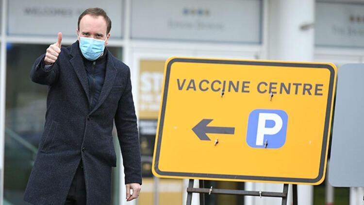 İngiliz Sağlık Bakanı: 'Kovid-19'la birlikte yaşanabilir'