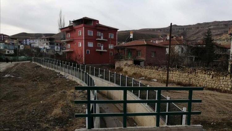 Kayseri'de 856 nüfuslu mahalleye 'koronavirüs' karantinası