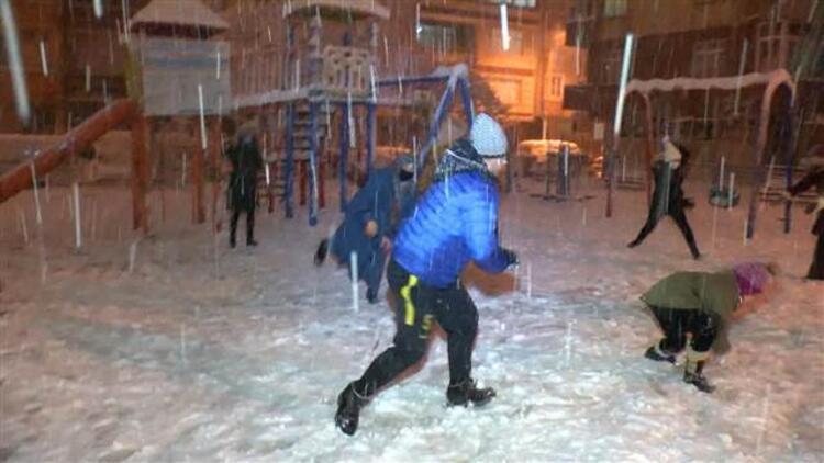 Yalova'da eğitime kar engeli... İki gün ertelendi