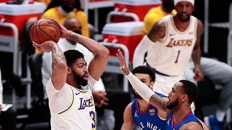 Los Angeles Lakers'ta gergin bekleyiş! Anthony Davis maça devam edemedi...