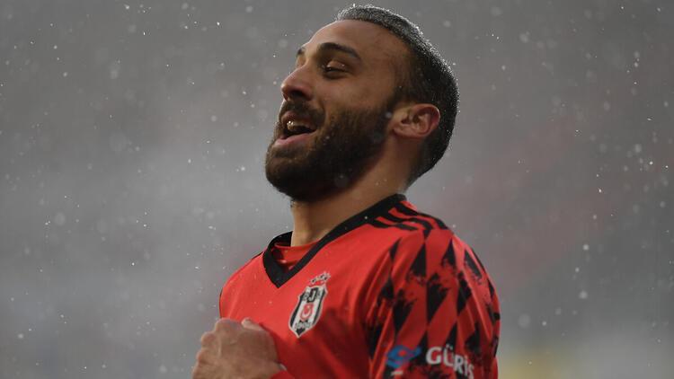 Cenk Tosun: ''Beşiktaş'ı şampiyon yapmaya geldim!''