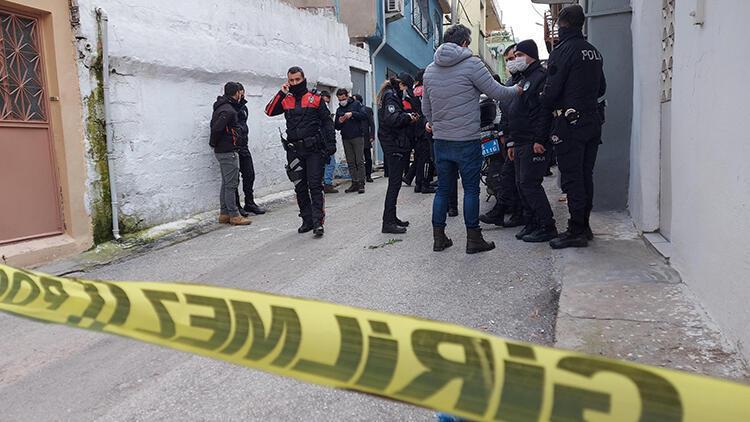 İzmir'de korkunç ölüm! Boğazı kesilmiş halde bulundu