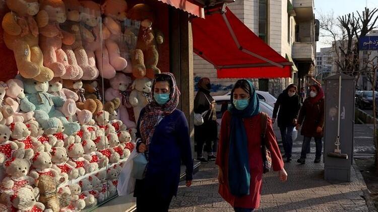 İran'da ekonomik gidişattan şikayetçi halk Biden'ın yaptırımları kaldırmasını bekliyor