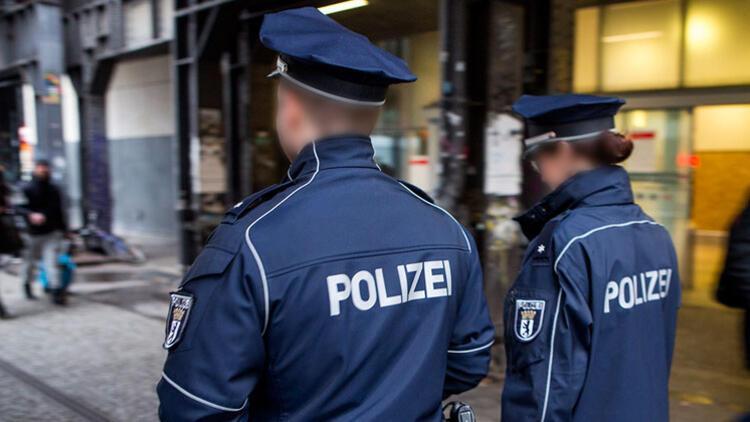 Aşırı sağcılara o bilgileri hangi polis sızdırdı?