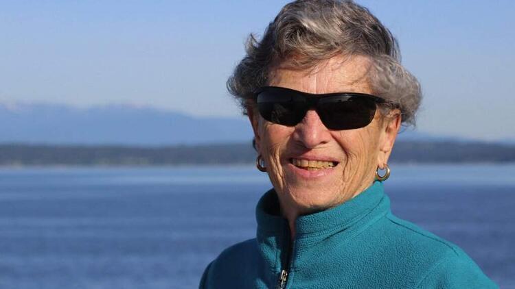 ABD'de 90 yaşındaki kadın koronavirüs aşısı için kilometrelerce yürüdü