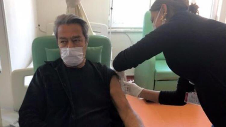 Kadir İnanır aşı oldu!