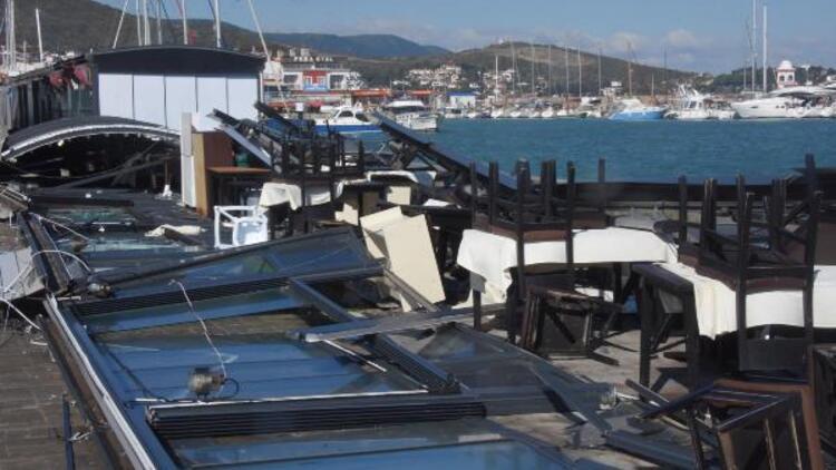 İzmir'i fırtına vurdu: Evlerin camları patladı, çatıları uçtu, kafeler kullanılamaz hale geldi