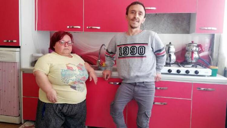 Kubaş çifti, boylarına göre mutfak hayaline kavuştu