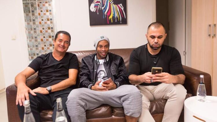 Brezilyalı efsane Ronaldinho Türkiye yolcusu