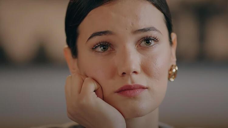 Kırmızı Oda Nazlı kimdir? Kırmızı Oda dizisinin Nazlı'sı Pınar Deniz'in hayatı hakkında bilgiler