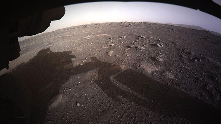 Perseverance'ın Mars'a inişinden 24 saat sonra yayımlandı! 'Daha önce görmediğimiz bir şey'