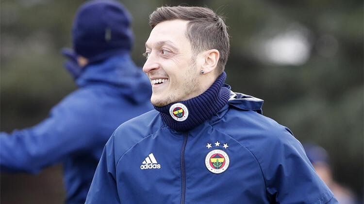Mesut Özil'i Fenerbahçe'de mutlu eden detay