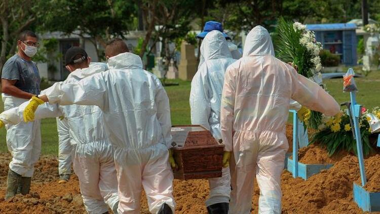 Son 24 saatte Brezilya'da 1308, Meksika'da 857 kişi Kovid-19'dan hayatını kaybetti