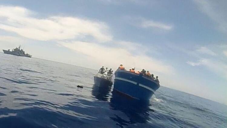 Düzensiz göçmenleri taşıyan tekne alabora oldu: 47 kişi kurtarıldı