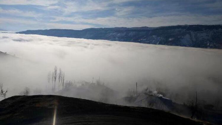 Derecik'te yoğun sis