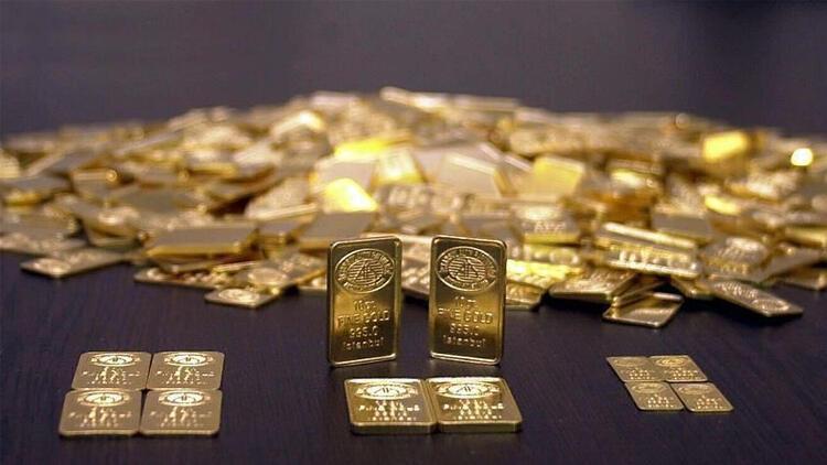 Altın yeniden 1800 doları aştı!