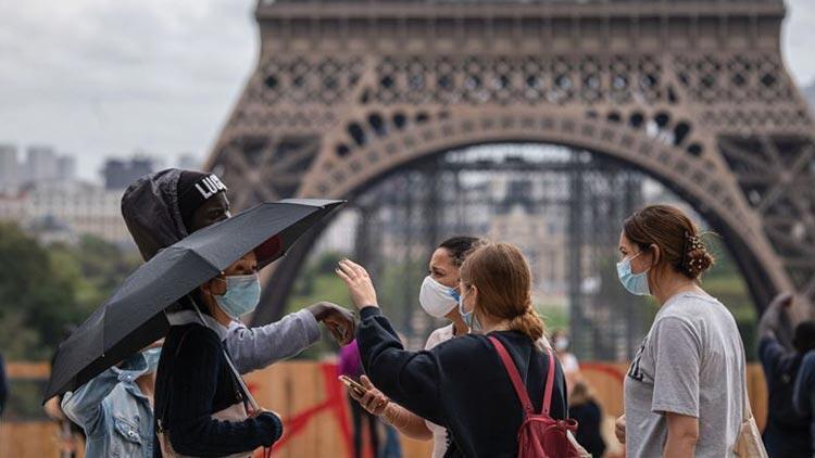 Fransa'da koronavirüsten dolayı 24 saatte 334 kişi hayatını kaybetti