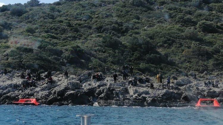 Türk kara sularına geri itilen 45 sığınmacı kurtarıldı