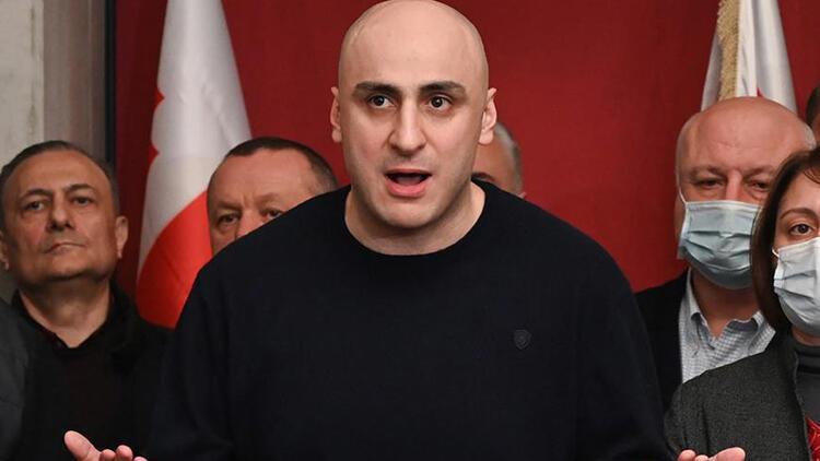 Gürcistan'da sular durulmuyor... Ana muhalefet lideri, yüzlerce polisin katıldığı operasyonla gözaltına alındı