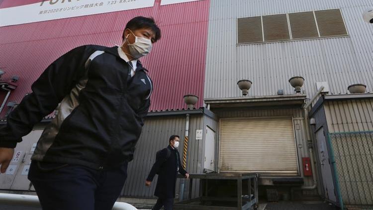 Japonya'da 4 eyalet, Kovid-19'a karşı uygulanan OHAL'in ay sonunda kaldırılmasını istedi