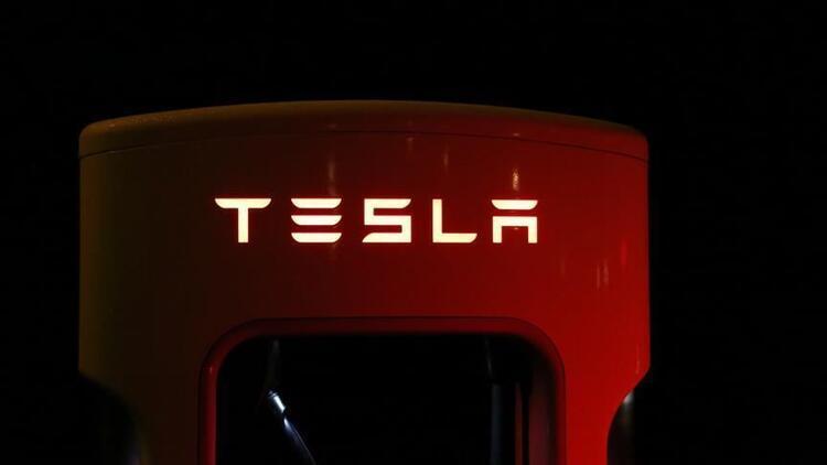 Tesla Çin savaşını kaybetti