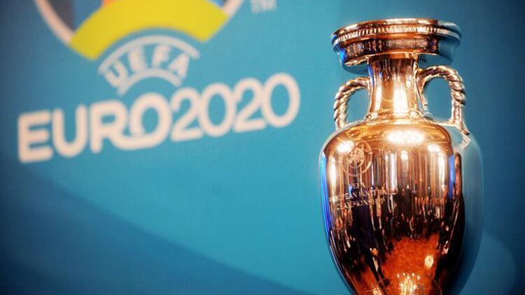 EURO 2021'nin yeri mi değişiyor? UEFA'dan tek ülke kararı...