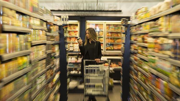 Hafta sonu market ve bakkallar saat kaçta açılıp kaçta kapanıyor 27-28 Şubat hafta sonu marketlerin çalışma saatleri