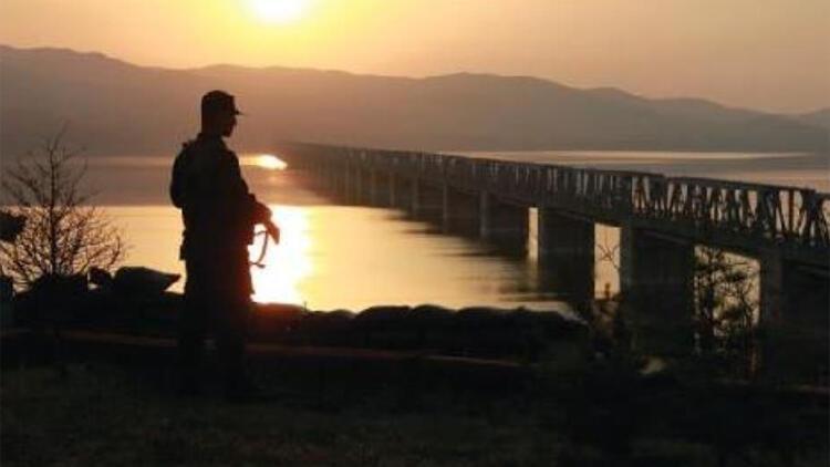 Yunanistan'a geçmeye çalışan 3 PKK mensubu yakalandı