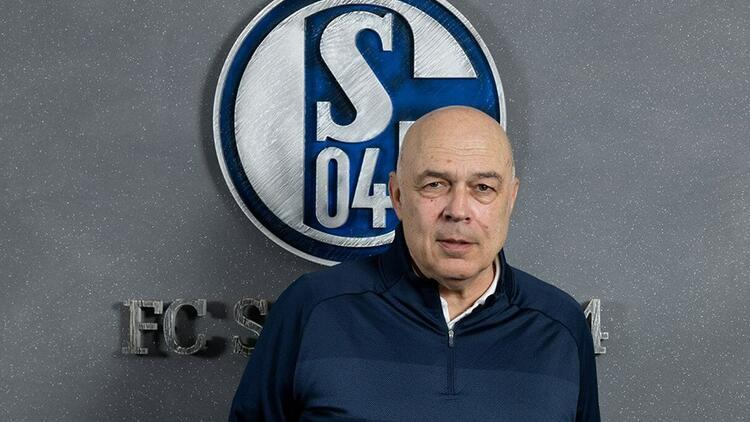 Schalke 04'te bir şok daha! Teknik ekibin görevine son verildi