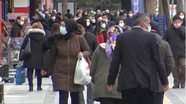 Vaka artışına rağmen Tokat'ta cadde ve sokaklarda yoğunluk