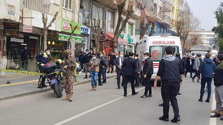 Cadde ortasında dehşet: 3 ölü