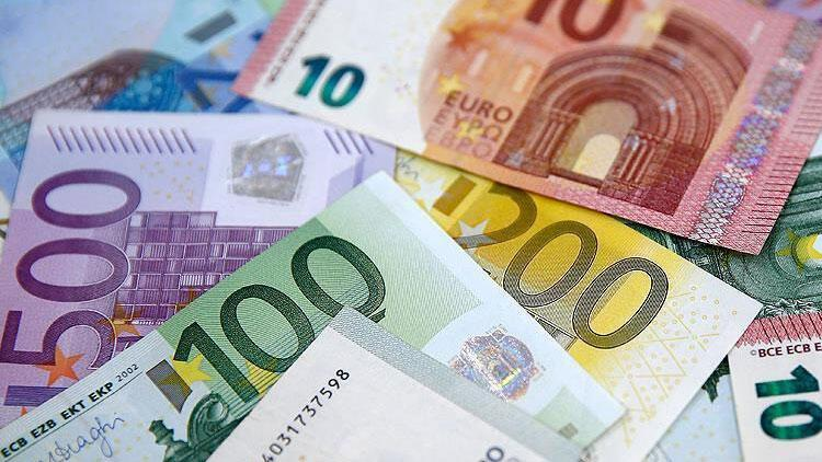 Avro Bölgesi'nde yıllık enflasyon şubatta sabit kaldı