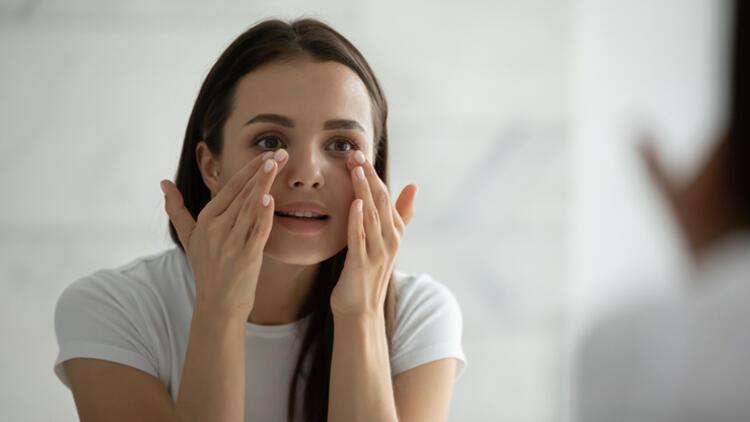 Kullandığımız ilaçlar göz sağlığımızı nasıl etkiliyor?