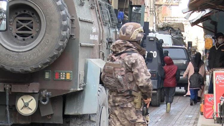 Diyarbakır merkezli terör operasyonu: 16 şüpheli gözaltında