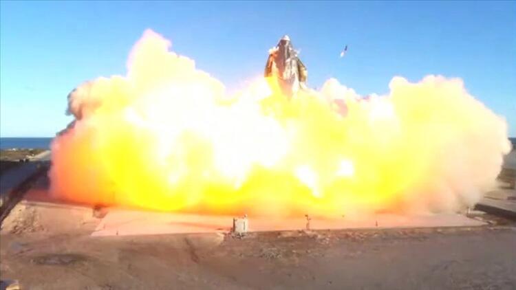 SpaceX'e büyük şok! Deneme uçuşu sonrası yerde infilak etti