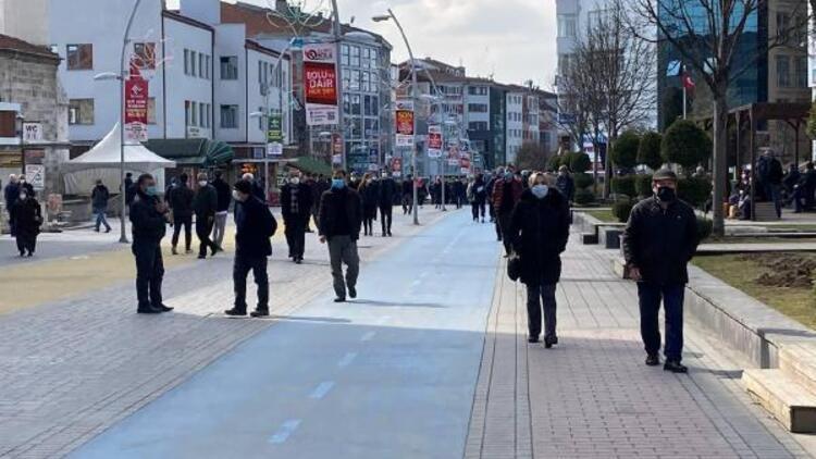 Yüksek riskli illerden Bolu'da 2 kat artan vaka sayıları endişeye neden oldu