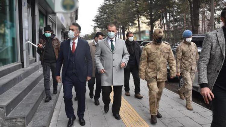 Mavi kategorideki Bitlis'te, validen esnafa 'tedbir' uyarısı