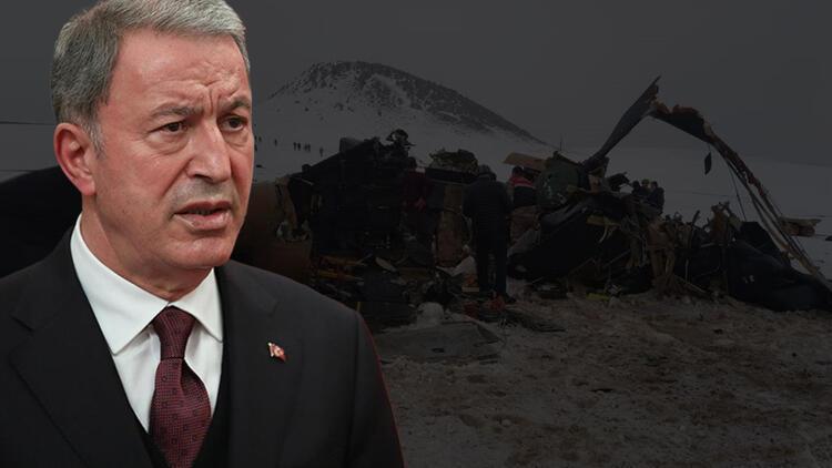 Son dakika! Bakan Akar'dan helikopter kazasına ilişkin ilk açıklama: 'Olumsuz hava şartları nedeniyle meydana geldiği değerlendiriliyor'