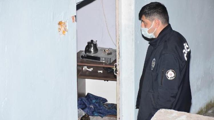 İzmir'de sahte alkol faciası! 16 yaşındaki genç komaya girdi