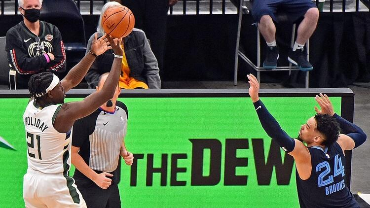 NBA'de Gecenin Sonuçları: Milwaukee Bucks son nefeste kazandı