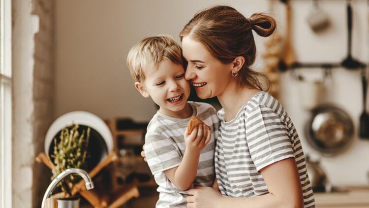 Evlat edinildiği zaman çocuğa ne söylenmeli?